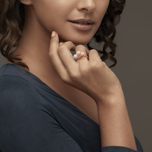 Diamond , White Pearl HD And Golden Pearl Ring In Rose Gold (3.12 Gram)