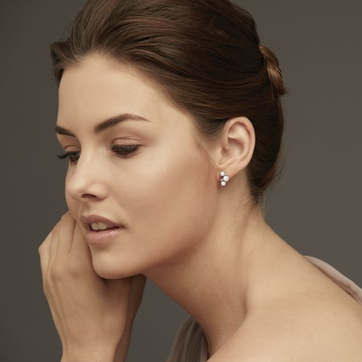 Diamond , Ruby And White Pearl Earring In White Gold (3.15 Gram)